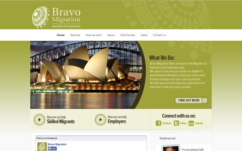 Screenshot of Home Page bravomigration.com.au - Bravo Migration   Australian Visa Specialists - captured Sept. 26, 2014