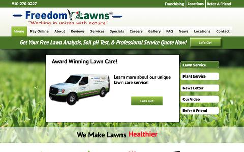 Screenshot of Home Page freedomlawnsnc.com - Freedom Lawns of Pender - captured Oct. 11, 2018