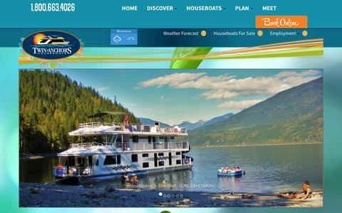 Screenshot of Home Page twinanchors.com - Twin Anchors Houseboat Rentals & Vacations, Shuswap Lake, BC - captured Feb. 16, 2016