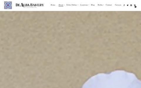 Screenshot of About Page dealbabakery.com - About Our Family Bakery Đ De Alba Bakery - captured Jan. 7, 2016