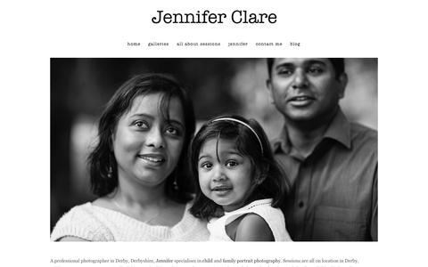 Screenshot of Home Page jenniferclarephotography.co.uk - portrait photographer Derby » photographers derby _ child & family portrait photography derbyshire, burton, ashbourne - captured Sept. 30, 2014