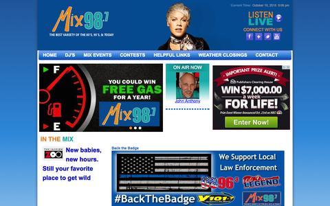 Screenshot of Home Page mix987.com - Homepage - Mix 98.7 - captured Oct. 10, 2015