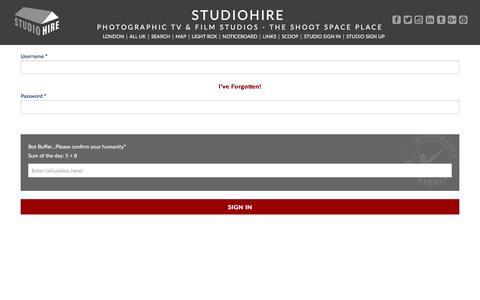 Screenshot of Login Page studiohire.com - STUDIOHIRE - Sign In - captured July 9, 2018