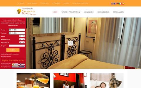Screenshot of Home Page sardiniadomus.it - Affittacamere Sardinia Domus Cagliari - Meglio di un Albergo - captured Oct. 3, 2014