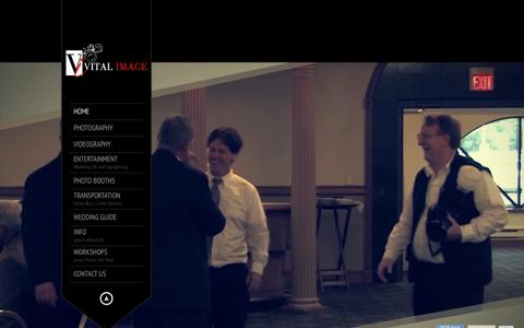 Screenshot of Home Page vitalimage.com - Vital Image | Wisconsin and Illinois Premiere Wedding Photography - captured Feb. 14, 2016