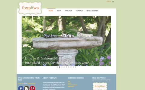 Screenshot of Home Page foxpawsshoes.com - Home - captured Oct. 6, 2014