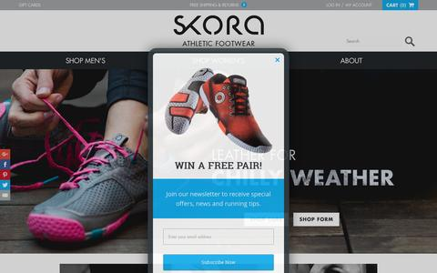 Screenshot of Home Page skorarunning.com - SKORA   Premium Running Footwear for Natural Movement - captured Dec. 5, 2015