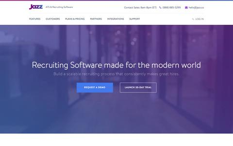 Screenshot of Home Page jazz.co - Jazz HR software for SMBs | Easy. Powerful. Affordable. - captured Sept. 7, 2016