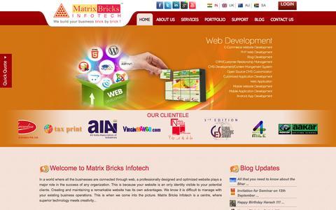 Screenshot of Home Page matrixbricks.com - Website Design | SEO, ORM Company | Web Development India - Matrix Bricks Infotech - captured Oct. 1, 2015