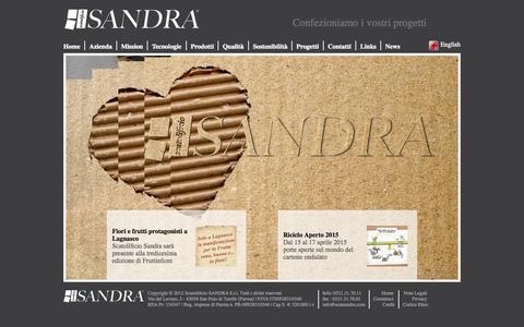 Screenshot of Home Page scatsandra.com - Scatolificio Sandra - Parma - Produzione vendita cartone ondulato e scatole, trasformazione cartone, stampa su cartone ondulato - captured Oct. 14, 2015