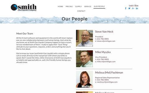 Screenshot of Team Page smithgas.com - Smith Gas Wholesale Propane Supplier - captured Nov. 4, 2017