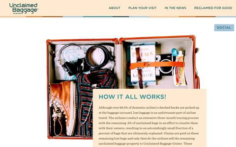 Screenshot of About Page unclaimedbaggage.com - Lost Luggage Store | Unclaimed Baggage Alabama | About - captured Feb. 21, 2016