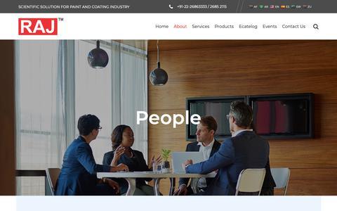 Screenshot of Team Page rajscientific.com - People - Raj Scientific Company: Manufacturer of Scientific Instruments - captured Oct. 20, 2018