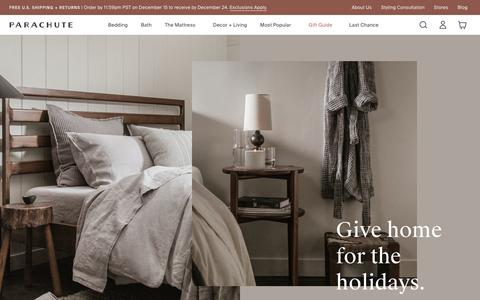 Screenshot of Home Page parachutehome.com - Parachute – Home happens here. Bedding, bath linens, decor and more.   Parachute - captured Dec. 14, 2019