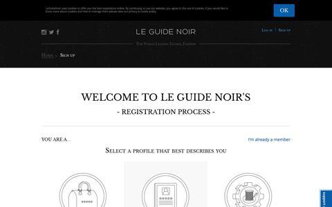 Screenshot of Signup Page leguidenoir.com - Le Guide Noir - captured Nov. 3, 2014