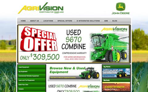 Screenshot of Home Page agrivision.us - John Deere Dealer| Tractors| Combines| Planters| Lawn Mowers| Skid Steers » AgriVision - captured Oct. 3, 2014