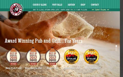 Screenshot of Home Page caponespub.com - Capones Pub - captured Sept. 4, 2015