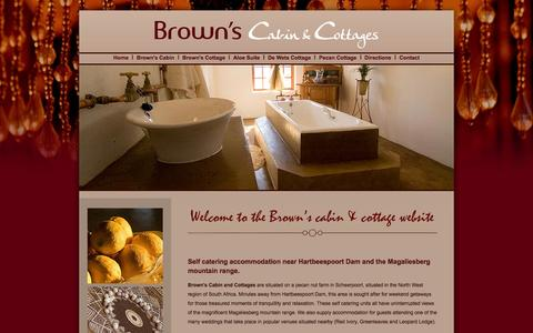 Screenshot of Home Page brownscabin.co.za - Self catering accommodation at Browns Cabin and Cottages near Haartebeespoort Dam and Magaliesberg mountain range - captured Oct. 5, 2014