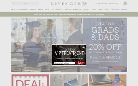 Screenshot of Home Page levenger.com - Levenger - Professional Accessories, Bags and Totes, Folios and Notebooks, Writing Instruments, Workspace Organization - captured May 18, 2017