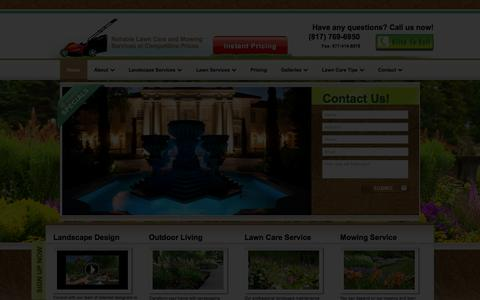 Screenshot of Home Page lawnconnections.com - Professional landscaping and lawn care | Lawn Connections - captured Oct. 2, 2014