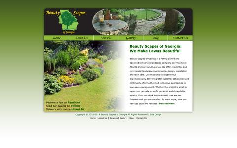 Screenshot of Home Page beautyscapesofga.com - Beauty Scapes of Georgia | We Make Lawns Beautiful - captured Oct. 5, 2014