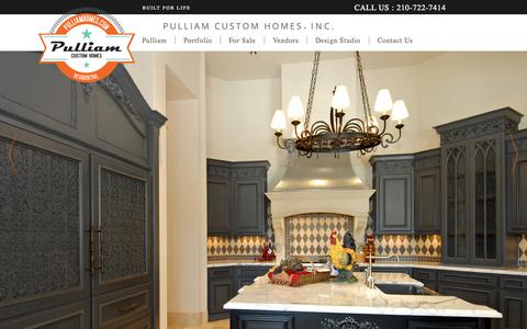 Screenshot of Home Page pulliamhomes.com - Pulliam Custom Homes |  Arizona's Premier Custom Home Builder - captured Sept. 17, 2015