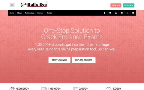 Screenshot of Home Page hitbullseye.com - Best Coaching for CAT, GRE, GMAT, Banks, SSC, CLAT, CSAT by Bulls Eye - captured July 6, 2017