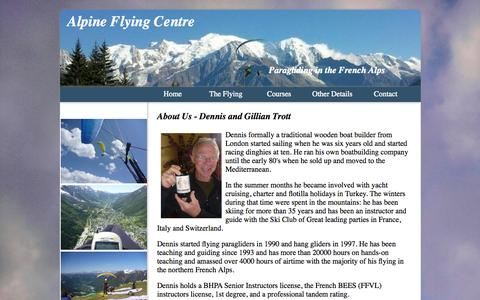 Screenshot of About Page flyers-lodge.com - Dennis and Gillian Trott in France - captured Oct. 4, 2014