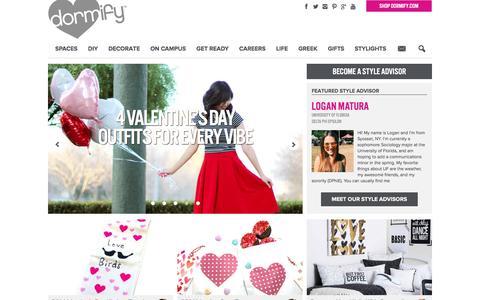 Screenshot of Blog dormify.com - College Fashion + Dorm Decorating Blog | Dorm Living - captured Feb. 14, 2016
