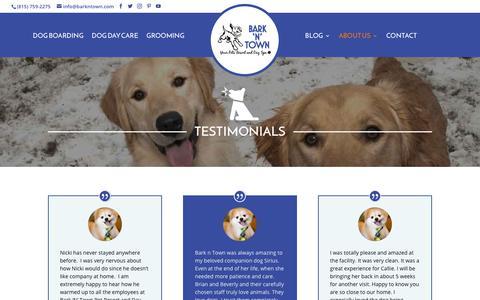 Screenshot of Testimonials Page barkntown.com - Dog Boarding and Grooming   Award Winning Pet Care near Wauconda IL - captured Oct. 5, 2018