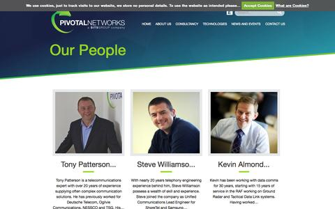 Screenshot of Team Page pivotalnetworks.co.uk - Our People : Pivotal Networks - captured Nov. 2, 2014