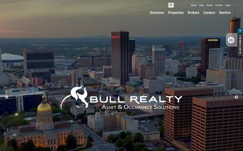 Screenshot of Home Page bullrealty.com - Atlanta Commercial Real Estate   Sales   Leasing   Management - captured Aug. 4, 2018