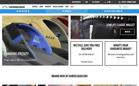 Screenshot of Home Page hardcloud.com - Skate & Surf clothing | Volcom Clothing  | hardcloud.com - captured Sept. 27, 2018