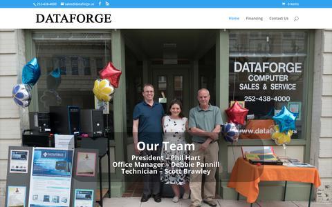 Screenshot of Home Page dataforge.us - Dataforge   Computer Sales, Services, Websites, Design, Marketing and more! - captured Aug. 5, 2018