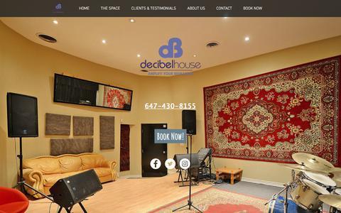Screenshot of Home Page decibelhouse.com - Decibel House Toronto's Premier Music Rehearsal Facility - captured Aug. 6, 2018