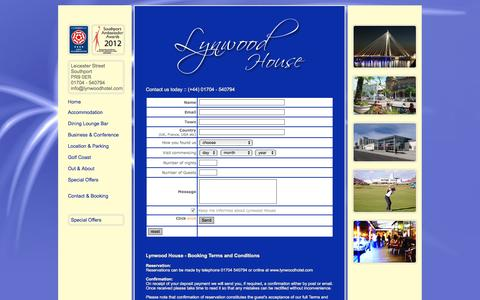 Screenshot of Contact Page lynwoodhotel.com - Lynwood House Guest Accommodation Southport (+44) 01704 540794 - near Liverpool England - captured Dec. 13, 2015