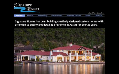 Screenshot of Home Page signaturehomesaustin.com - Custom Home Builder | Austin, TX | Signature Home - captured Feb. 11, 2019
