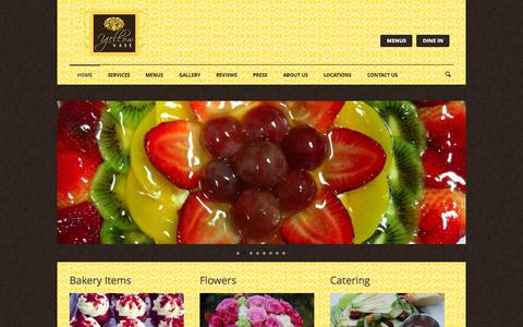 Screenshot of Home Page yellowvase.com - Yellow Vase Bakery, Café & Flowers| Bakery, Flowers & Cafe - captured Oct. 7, 2014