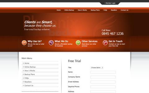 Screenshot of Trial Page phoenixbackup.co.uk - Online Backup by Phoenix Backup - Online Backup by Phoenix Backup - captured Dec. 9, 2015