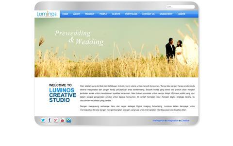 Screenshot of Home Page luminoscreative.com - Home - LUMINOS CITRA PERSADA - captured Oct. 4, 2014