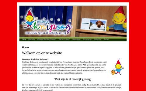 Screenshot of Home Page stichtingknipoog.nl - Stichting Knipoog - Want ziek zijn is al moeilijk genoeg - captured Oct. 7, 2014