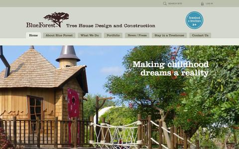 Screenshot of Home Page blueforest.com - Luxury Treehouses by Blue Forest - captured Jan. 20, 2016