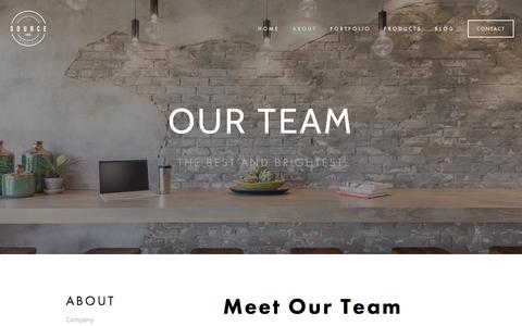 Screenshot of Team Page sourcecoi.com - Team — SOURCE Creative Office Interiors - captured April 28, 2018