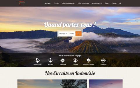 Screenshot of Home Page voyageindonesie.com - Azimuth Travel - Votre Agence de voyage en Indonésie - captured Oct. 4, 2018