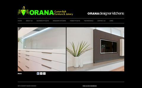 Screenshot of Home Page orana.com.au - Orana Custom Built Furniture & Designer Kitchens | Designer Kitchens and custom built furniture - captured Oct. 8, 2014