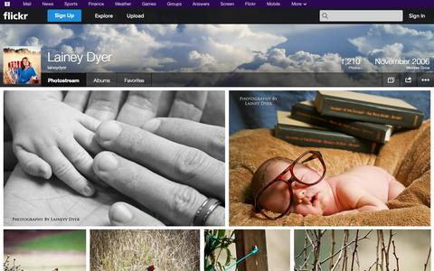 Screenshot of Flickr Page flickr.com - Flickr: laineydyer's Photostream - captured Oct. 22, 2014