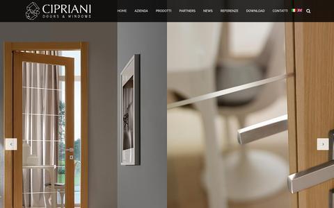 Screenshot of Home Page cipriani-serramenti.it - Cipriani Serramenti - porte e finestre - captured June 1, 2016