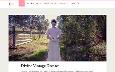 Screenshot of Home Page divinevintagedresses.com - Divine Vintage Dresses | Repair Restore Recreate - captured June 14, 2019