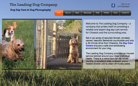 Screenshot of Home Page theleadingdogcompany.co.uk - The Leading Dog Company - Dog Day Care - Chiswick - captured June 15, 2017