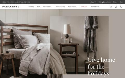 Screenshot of Home Page parachutehome.com - Parachute – Home happens here. Bedding, bath linens, decor and more.   Parachute - captured Dec. 9, 2019